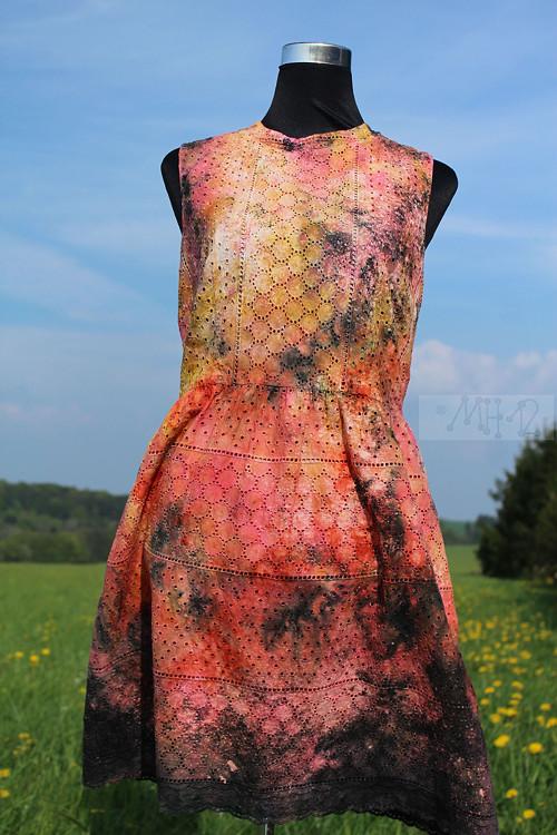 Letní dámské šaty - barvy lávy