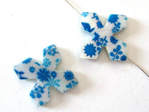 0705017/Perleťový čtyřílstek s modrými květy