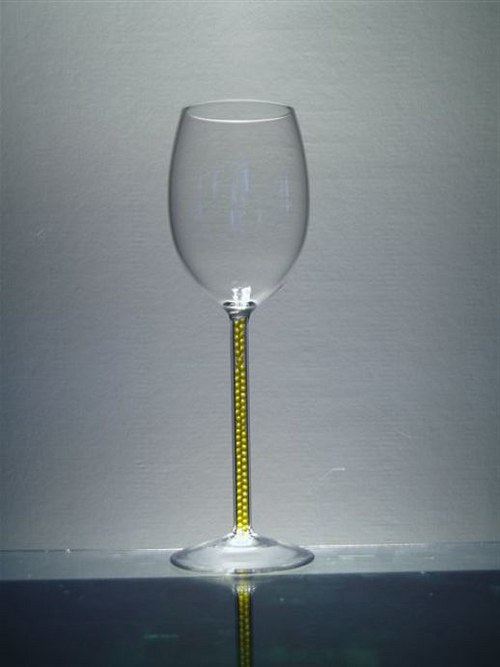 sklenička s barevnými krystaly-kuličkami