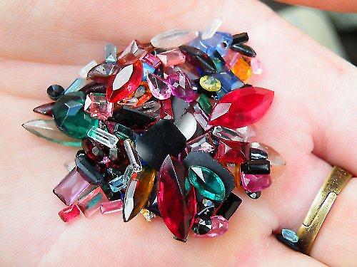 Šperkové sklo - mix (80 gramů)