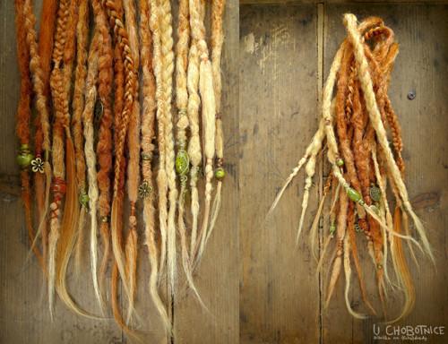 Hippie fake dready(20-30 cm) - volitelná barva