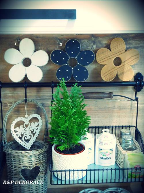 Květiny černá a bílá