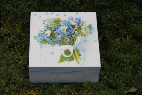 Něžná krása květin, dřevěná krabička