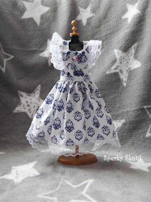 SA0076 - Bílomodré zástěrkové šaty s kamínky