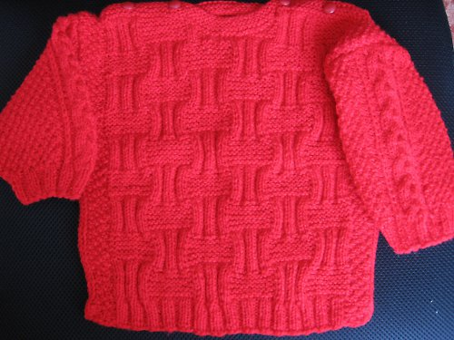 Dětský červený svetřík
