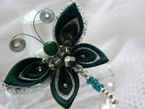 Kanzashi motýlková brož
