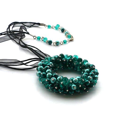 Kolem a okolo smaragdové - náhrdelník