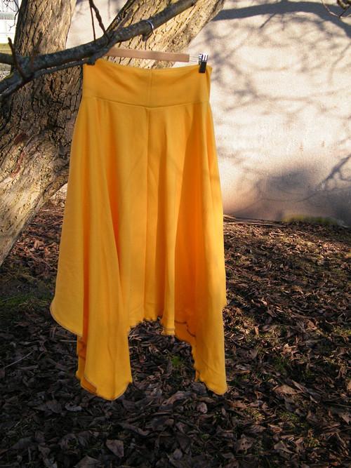 Cípatá sukně rezavě žlutá
