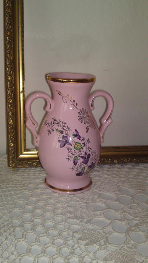 růžový porcelán váza