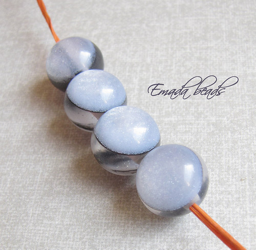 Resin korále s leskem, šedá 1,2 cm