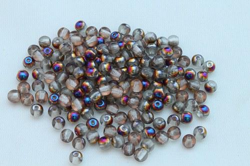 Korálky 2202 (4 mm)