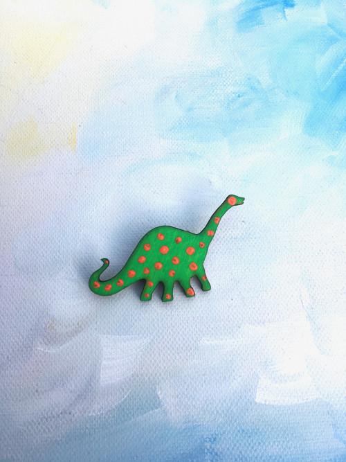 Dřevěné brože - Puntikatý diplodocus