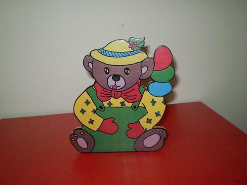 Stojánek na tužky - medvěd