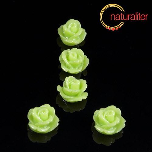 Růžička- kabošon z pryskyřice 10mm sv. zelená 10ks