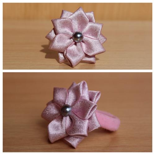 Gumička do vlasů - růžový květ