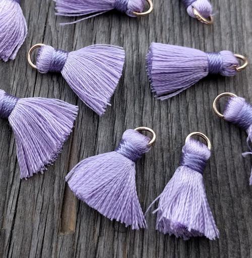 Luxusní ozdobné střapce - sv. fialové, 2 kusy