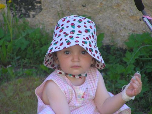 klobouček---beruškový---pro štěstí