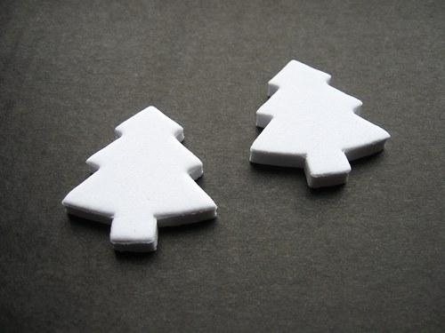 Výsek z pěnové gumy - strom bílý