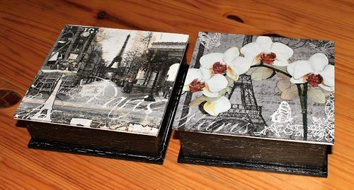 Paříž s černým krakelem - krabička menší
