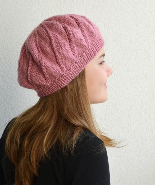Decentní pletený baret, starorůžová