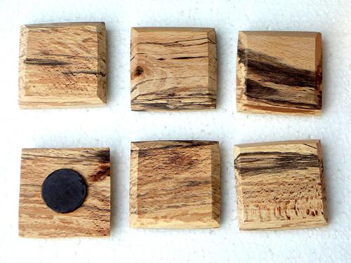Dřevěná magnetka - čtvercová - starý buk
