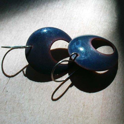 114 SmN - Ocelově modré náušnice