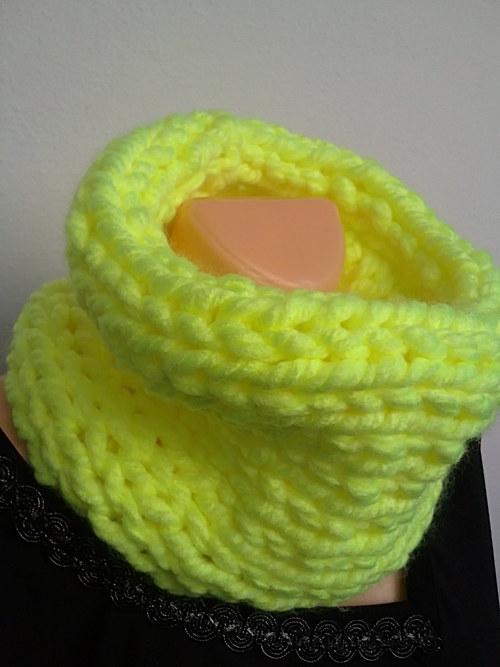 Nákrčník-neon citron