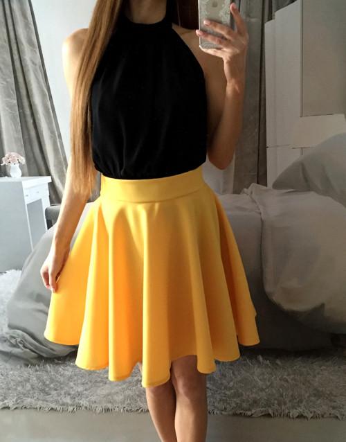 Sluníčková letní žlutá kolová elegantní sukně