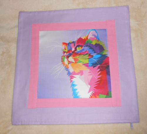 Kočička na levanduli