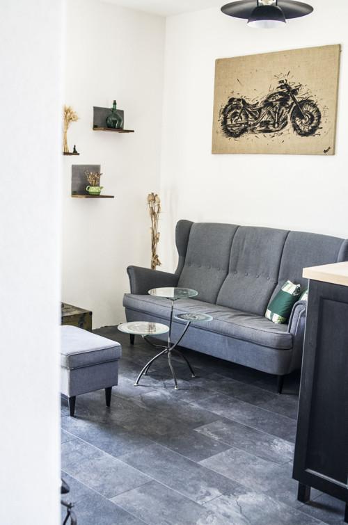 Kovový stůl pro motorkáře Chopper art
