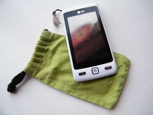 Obal na mobil