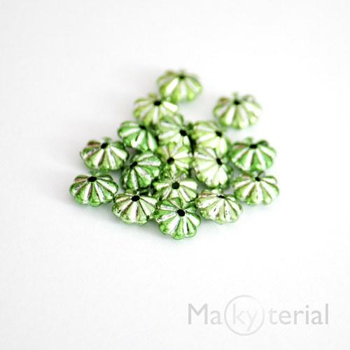 Akrylové korálky - zelené - 30 ks