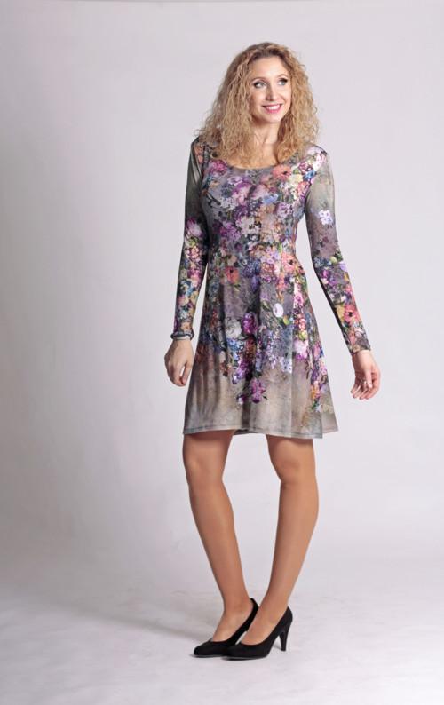 Zvonové šaty s květy