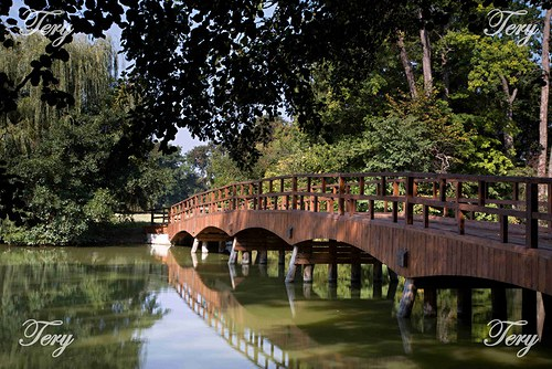 Most přes řeku