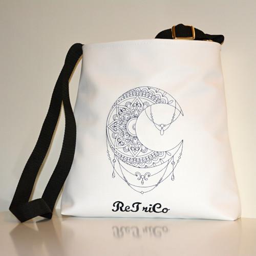 Originální bílá kabelka.