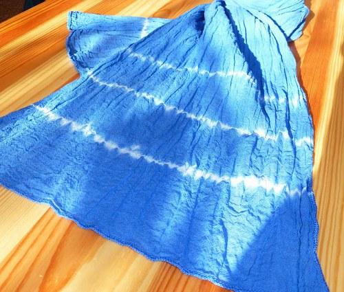 Modrá organtýnová šálka