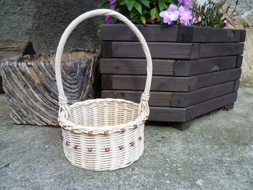 korálkový košíček