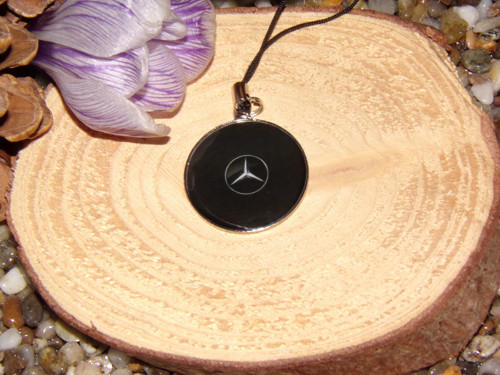 Přívěšek na klíče a tašku Mercedes