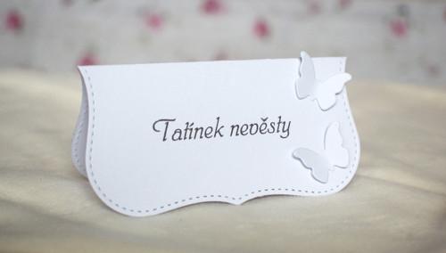 Svatební jmenovka bílá s motýlky