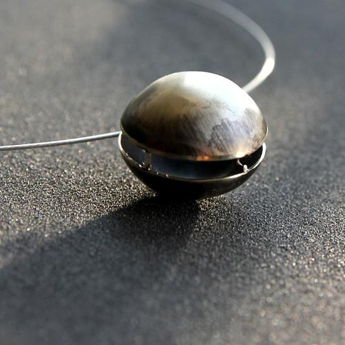 Glob náhrdelník