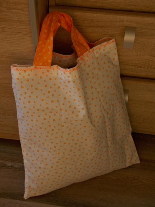 015 Nákupní taška