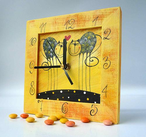 hodiny s kukačkou - žluté s Tulínky