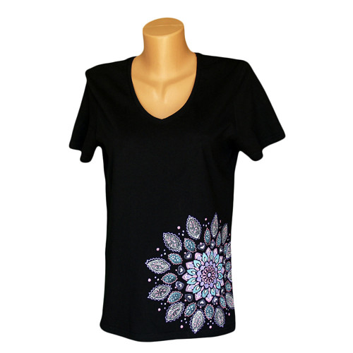Dámské tričko s velkou mandalou