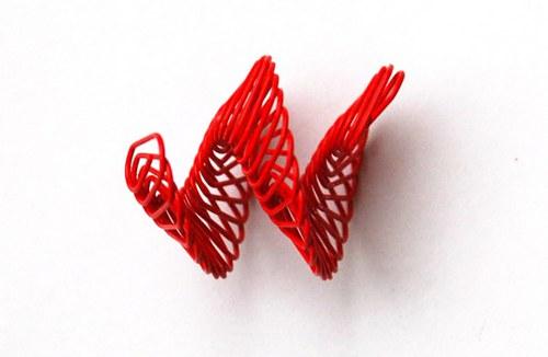 spirálka z drátku- červená