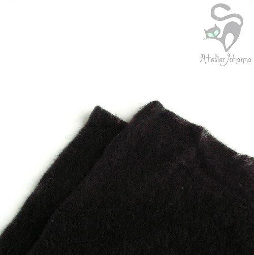 Prefelt černá