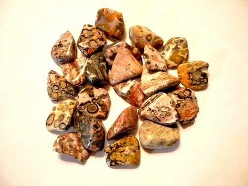Tromlované kameny - jaspis leopardí