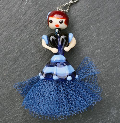 Náhrdelník modrý NN177 - panenka