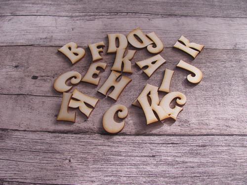 Dřevěná písmenka 3 cm - mix 100 ks