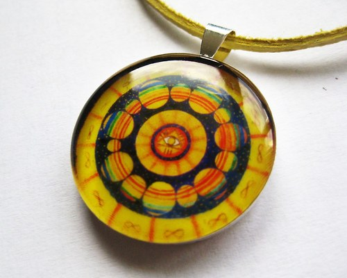 Mandala galaktická - prívesok v živici