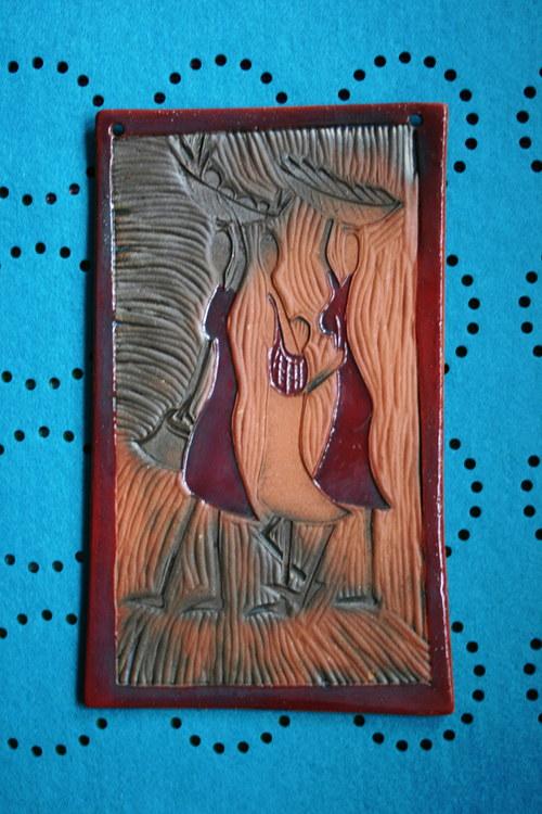 Keramický obrázek afričanky v červené